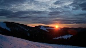 Coucher de soleil sur le domaine skiable alpin La Bresse-Hohneck ce 311213